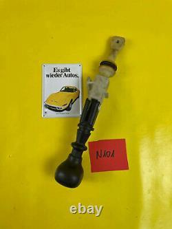 New + Original GM/Vauxhall Calibra Kadett E Astra F Gear Lever + Knob 5 Speed